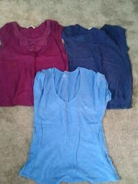 Ladies size medium Old navy tees Weyers Cave, 24486