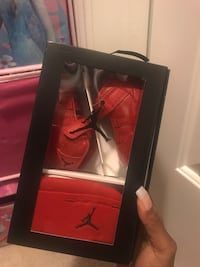 Infant exclusive Jordan All Red Retro 11 Gift pack.