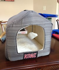 Small Dog / Cat bed /  house Laurel