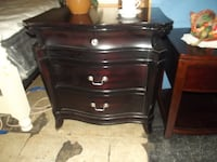 3 drawer nightstand Front Royal