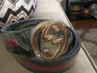 Black and red men's belt size 42-46 Dearborn Heights, 48125