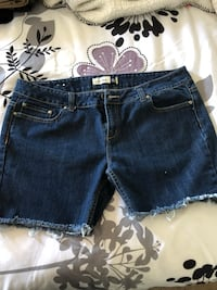 women's blue denim shorts Oxnard, 93030