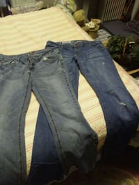 2 Pair jeans Hagerstown, 21740
