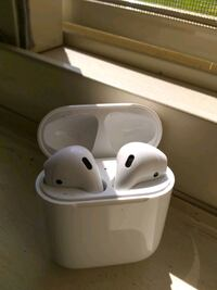 Apple Air Pods Like New  Silver Spring, 20910