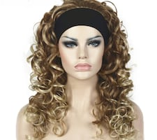 "20"" Mixed brown and blonde curly wig with headband."