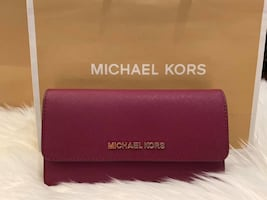 Michael Kors Jet Set Travel Large Trifold Wallet in Saffiano Leather