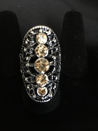 Silver ring w/brown rhinestones  Temple Hills, 20748