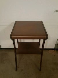 Antique Accent Table Mount Airy, 21771