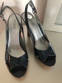 Guess women sandals Sandy Springs, 30350