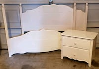 Full/Double size bed set with nightstand St. Thomas, N5R 6G2