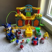 Paw Patrol Large LOT Includes Figures Vehicles Playset