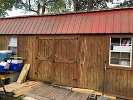 GRACELAND SHED 12x24' Great condition with no leaks or rotting! Excellent for storage or a Tiny House! Still valued at $7000. Don't miss out on this Great deal!