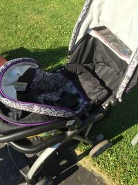 Stroller and carrier  New Tecumseth, L9R 1E3