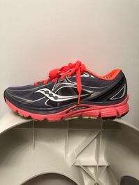 Saucony mirage 5 running shoes size 7 Brookfield, 60513