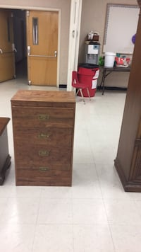 brown wooden 4-drawer chest Gaithersburg, 20877