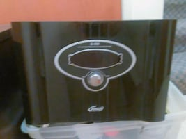 Stereo system 500 watt Genesis Tuner and Subwoofer