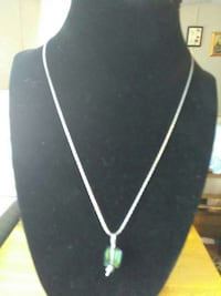 silver chain necklace with green gemstone pendant 1580 mi
