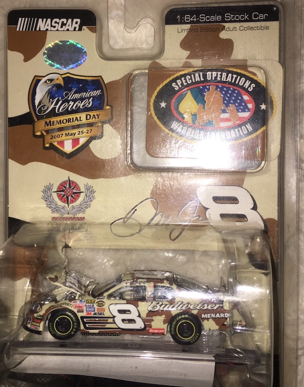 Small NASCAR collection (all new in box) 6a714701-0c14-44bc-bbf6-deeb13798d38
