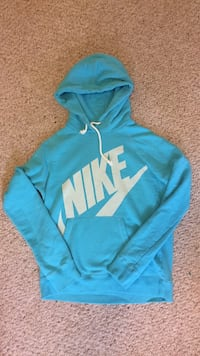 Blue and white nike pullover hoodie size M Leduc, T9E 8H4