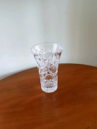 clear cut glass footed vase Toronto, M4C 1P2