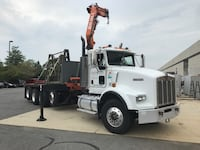 Boom kenworth low mileage.. Chantilly