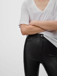 Wilfred Free Adrienne Pant