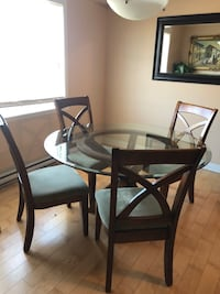 Glass table with 4 chairs - great condition!!