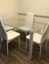 New 5 pcs WHITE tempered TABLE SET  诺克洛斯, 30071