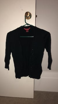 black cropped sweater  North Grenville, K0G