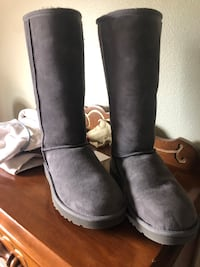 Uggs Classic Tall Boots in Grey NEVER WORN