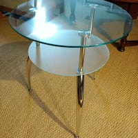 Glass double layer side table. Bowie, 20721