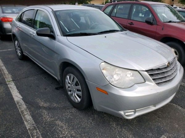 2007 Chrysler Sebring 4Door sedan 130k Miles c5154c59-64b1-4192-818c-03e8460d0f93