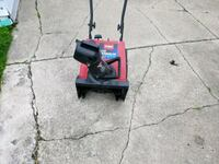 Snow blower good condition Sterling Heights, 48313