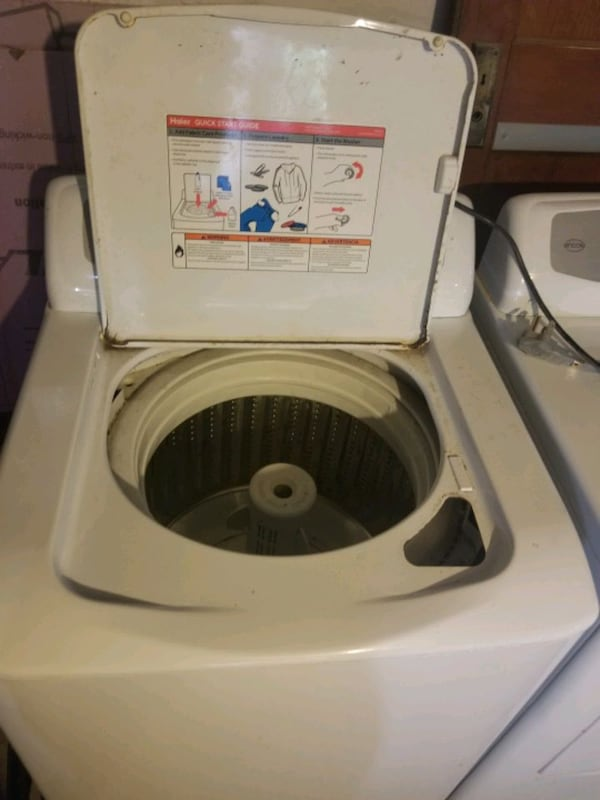 Washer and dryer 3891c681-9a22-4184-92ec-8c33f4e0ec36