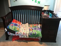 Expresso Crib 4 in 1 turns to a toddler bed then twin  Ayer, 01432