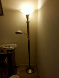 wood torchiere lamp Saint Charles, 63301