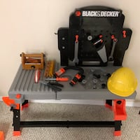Black and decker tool bench toy