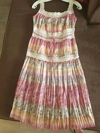 women's pink and white floral sleeveless dress Richmond Hill, L4C 4S8