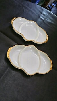 2 Fire King milk glass condiment trays Baden, N3A 3P1