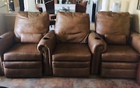 3 piece recliner home theatre couch. Genuine leather. Yes it's comes apart