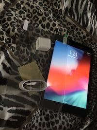 iPad mini 2 32gb!! Excellent condition  Clifton, 07013
