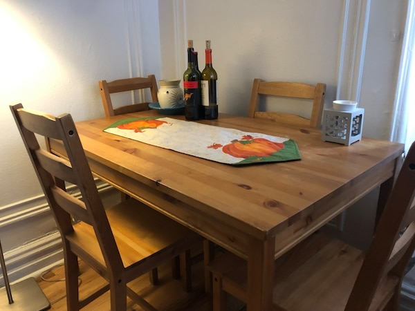 Used Beautiful Solid Wood Dining Table With 4 Chairs For Sale In