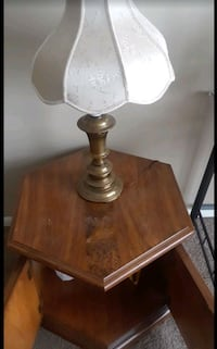 brown wooden base table and lamp Columbus, 43215