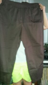Brown pull up size 24w pants Indianapolis, 46203