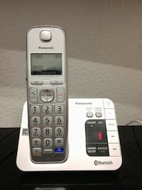 Panasonic KX-TGE463S Link2Cell Bluetooth Cordless Phone with Answering Machine- 3 Handsets The Colony, 75056