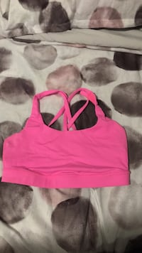 d01ad268520ed Used women s red sports bra from Supplement King for sale in Kelowna ...