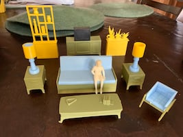 Vintage 1960's Marx Dollhouse furniture