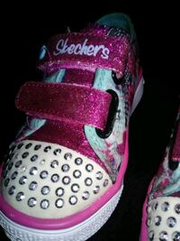 Sketchers Twinkle Toes toddler 7 Claremont