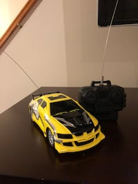 yellow, black, and gray R/C toy car Kensington, 20895