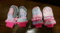 Almost new Snow mitts size 12-24 m